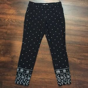 Black with white accent pixie pants